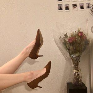 Suade kitten heels